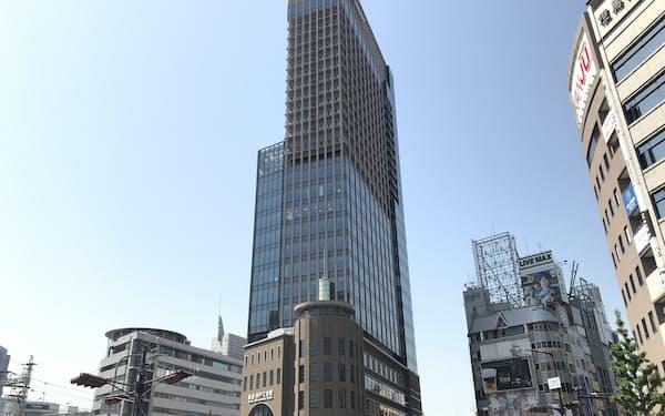 新ビルはホテル、オフィス、商業施設を備える