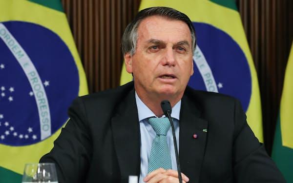演説するブラジルのボルソナロ大統領(22日、ブラジリア)=ブラジル大統領府提供