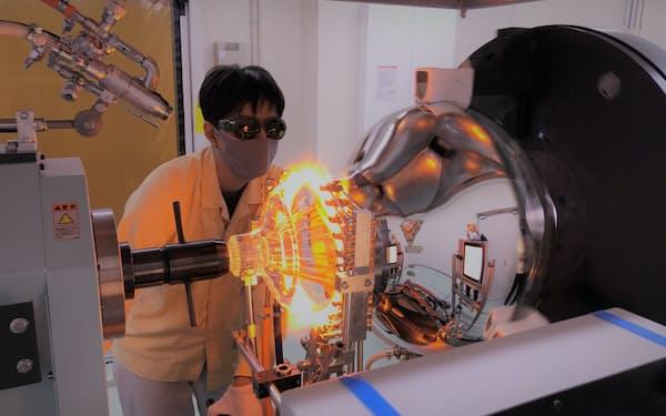 ハイパーカミオカンデ向け光電子増倍管の製造を進める浜ホト豊岡製作所(静岡県磐田市)
