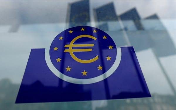 欧州中央銀行のロゴ(フランクフルト)=ロイター