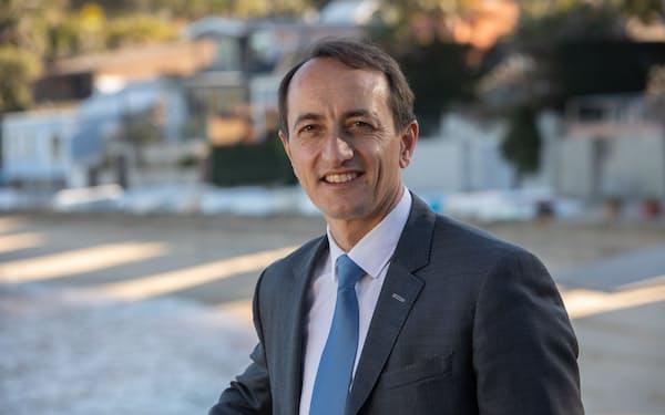 Dave Sharma 外交官から政界に転じ、2019年オーストラリア連邦下院議員に。議会では条約に関する合同常任委員会の委員長を務め、現在はミャンマーに関する議会調査を率いる。