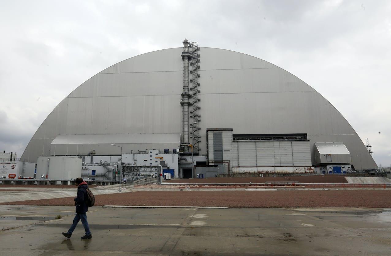 チェルノブイリ原発は事故から35年を迎えた(写真は15日)=AP