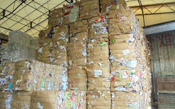 段ボール古紙在庫は前年比で減少(国内の古紙倉庫)