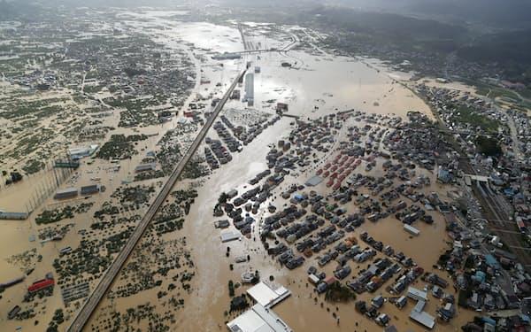 2019年の台風19号で千曲川の堤防が決壊して大規模浸水した長野市の市街地