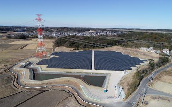 SBエナジーは従来の大規模発電所に加えて、第三者所有モデルの小型発電所も増やす(茨城県のメガソーラー)