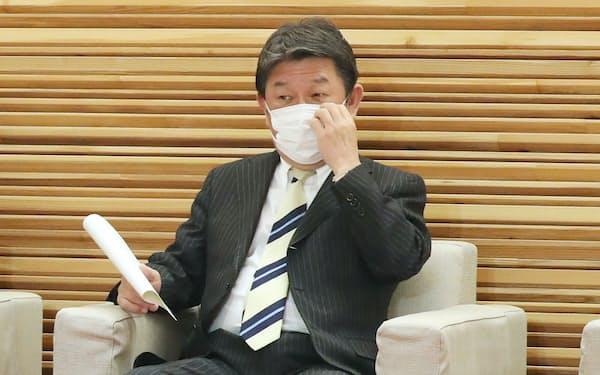 茂木外相(27日、首相官邸)