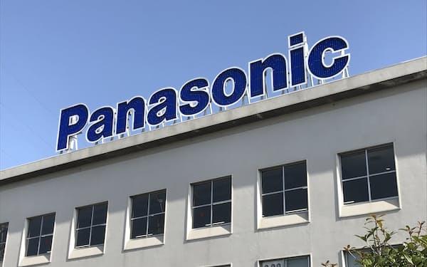 パナソニックは外部との提携でコスト構造を見直し、テレビ事業の黒字定着を目指す