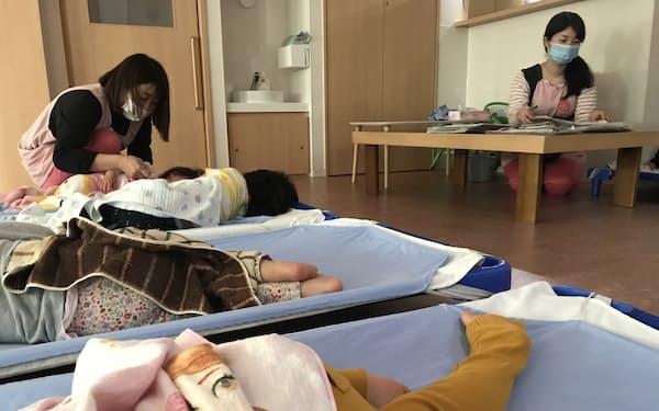 病児保育の利用をためらう親も少なくない(東京都大田区の大川こども&内科クリニック)