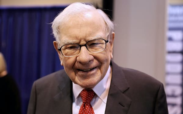 バフェット氏は市場の投機的な動きに警戒感を示した(写真は2019年4月=ロイター)