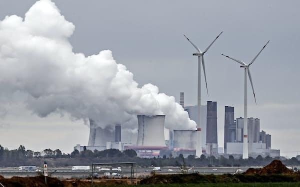 ドイツ政府は温暖化ガス削減を前倒しで進める方針だ=AP
