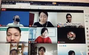 参加資格を得た企業はオンラインで発表に個別相談にと取り組んだ(プログラム開講日の様子)