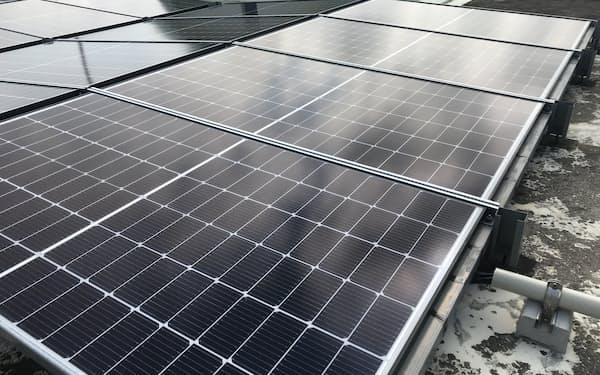 米アマゾンは日本で太陽光発電所などの新設を検討する