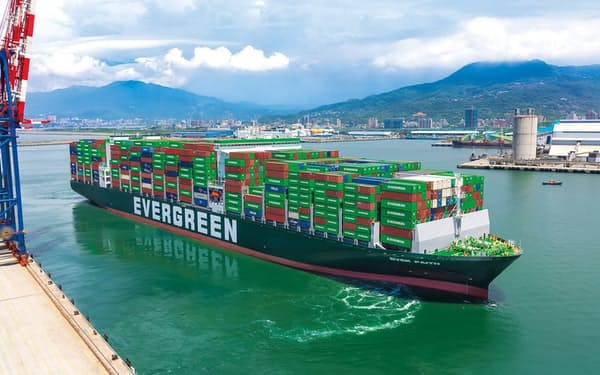 台湾からの輸出は、スマホ用の半導体を中心に中国向けが好調で、過去最高水準にある=長栄海運提供
