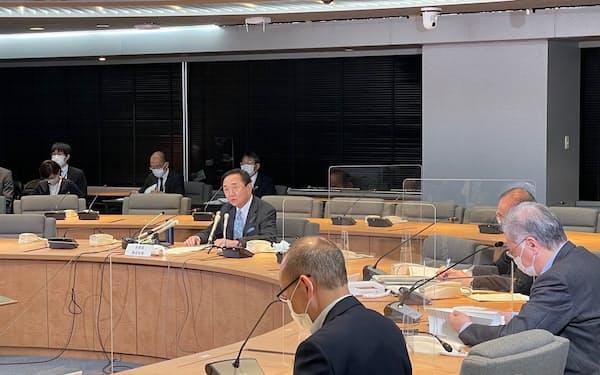神奈川県が新型コロナの対策本部会議を開き、今後の対応を協議した(7日、県庁)