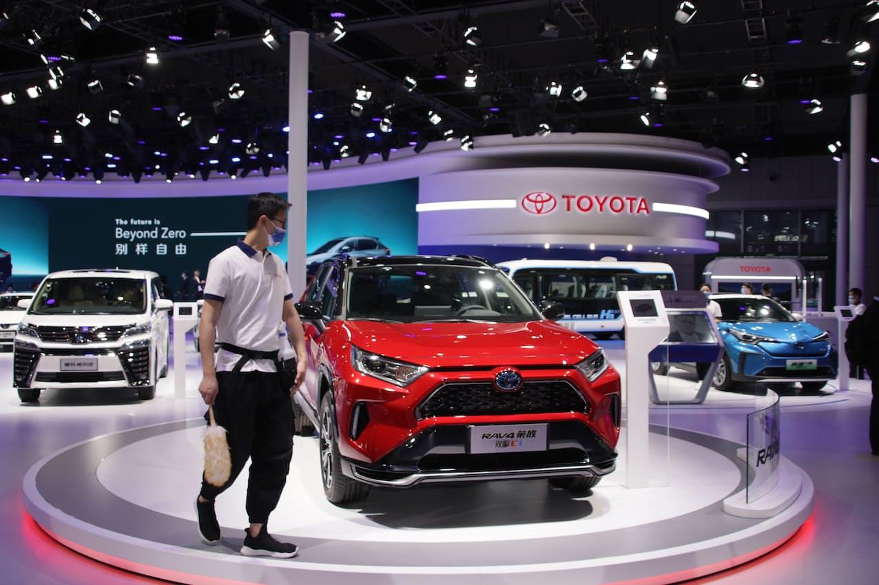 トヨタ自動車の4月の中国販売は「RAV4」などが好調だった(4月、上海国際自動車ショー)