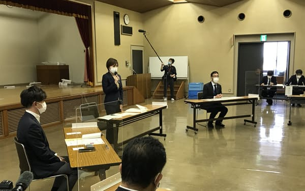 阿波おどりネットワーク会議であいさつする徳島市の内藤市長(10日)