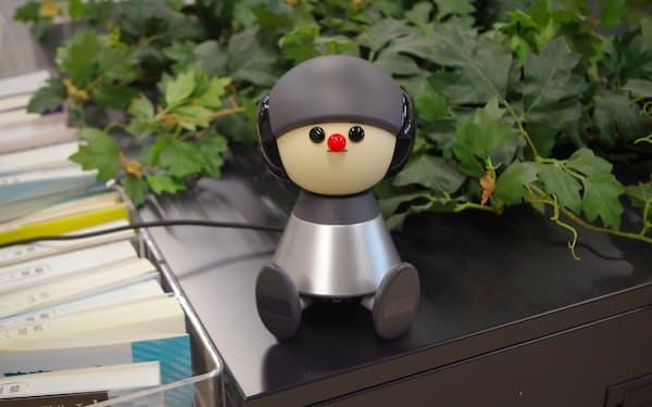 「ペット以上恋人未満」のロボットとして売り込む