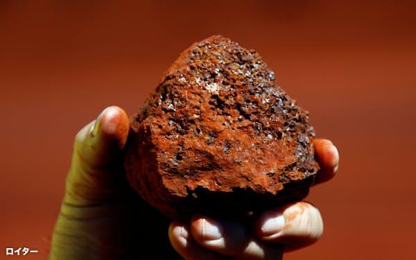 鉄鉱石は中国の鉄鋼生産拡大で需要が増えている=ロイター