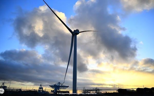 東芝と米GEは洋上風力発電事業で提携する(GEの洋上風力発電機)