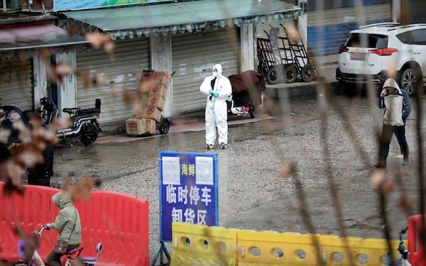 WHOのパネルは中国の行動制限が遅れたと指摘した(20年1月、武漢市)=ロイター
