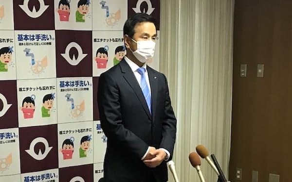 下関市での聖火リレー中止を発表する村岡知事