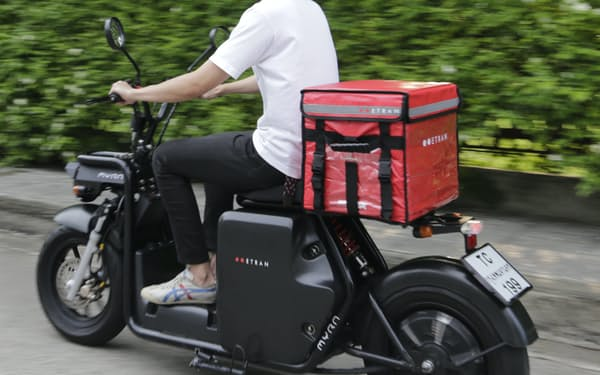 タイのイートランが開発するデリバリー用電動バイク