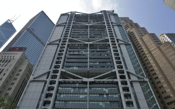 HSBCはアジアの資産運用ビジネスに力を入れる(香港の本店)=AP