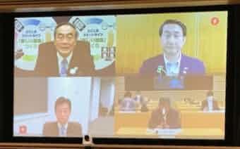 知事会の飯泉会長(左上)は西村経財相(左下)とオンライン会談した(12日)