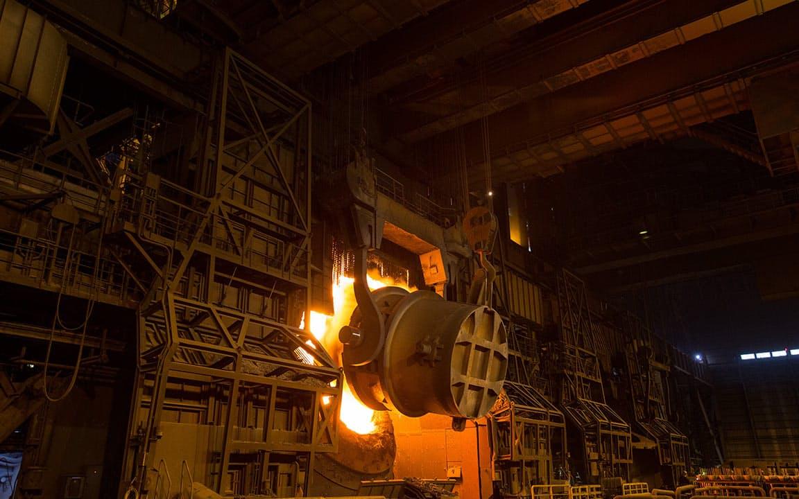 日本製鉄は生産体制の見直しで費用を削り業績を回復させる