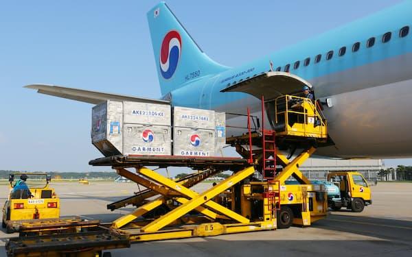 遊休旅客機の貨物転用などの需要開拓策が奏功している