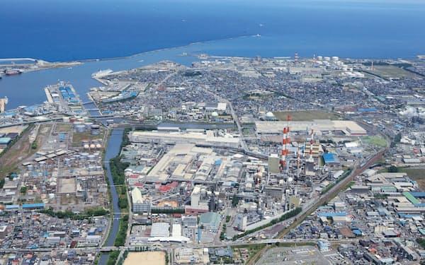 北越コーポレーションの新潟工場(新潟市)