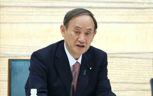 経済財政諮問会議であいさつする菅首相(14日午後、首相官邸)