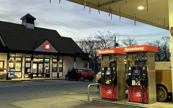 スピードウェイは米国でガソリンスタンド併設型の店舗を展開している。