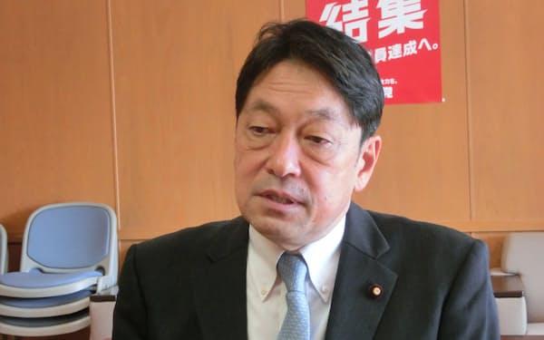 自民党の小野寺五典・安全保障調査会長