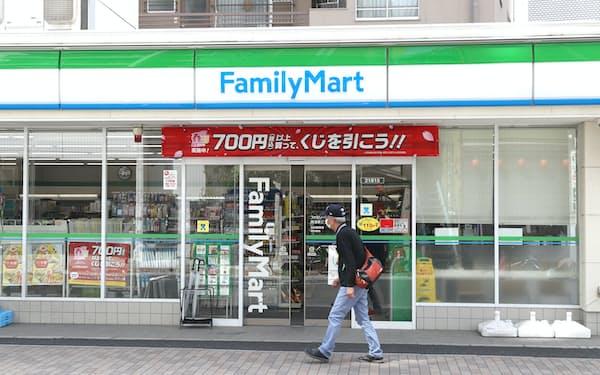ファミリーマートは約1割が外国人従業員だ