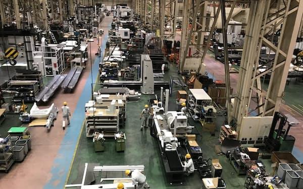 オークマは3期ぶりの受注増を見込む(岐阜県可児市の可児工場)