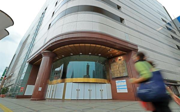 閉店したそごう川口店。一部はワクチン接種会場になるがその後の活用法は未定だ(埼玉県川口市)