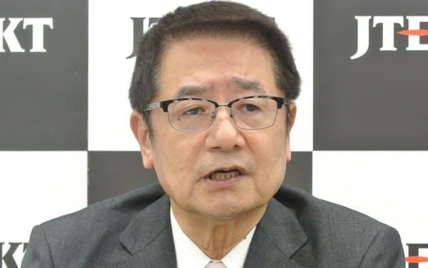 オンライン会見に臨んだジェイテクトの佐藤社長