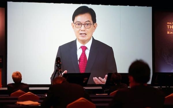 「アジアの未来」で講演するシンガポールのヘン・スイキャット副首相(20日午前、東京都千代田区)