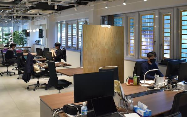 「つくばスタートアップパーク」には筑波大生をはじめ若者の起業家らが集まる(茨城県つくば市)