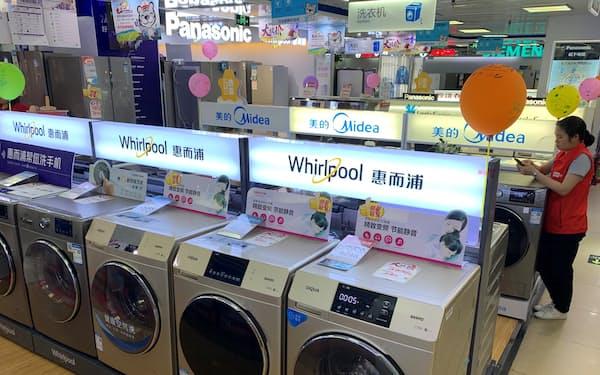 中国メーカーがM&Aや多角化を積極化し始めた(広州市内の家電量販店)