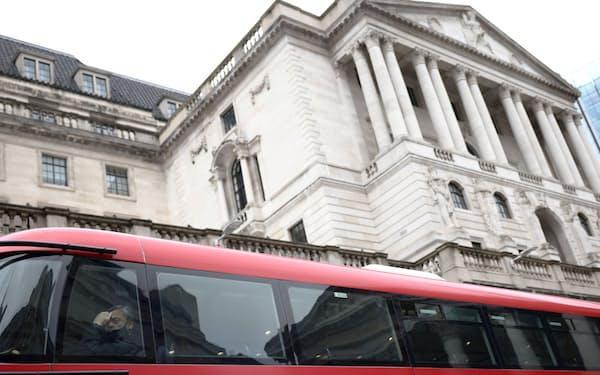 英政府は3月、イングランド銀の使命に「脱炭素」を追加した(ロンドン)=ロイター