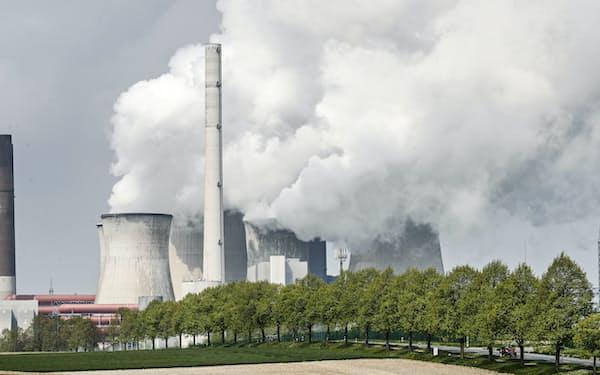 G7気候・環境相会合の主なテーマとなった石炭火力発電所=AP