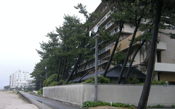 大型の温泉旅館が立ち並ぶ皆生温泉(鳥取県米子市)
