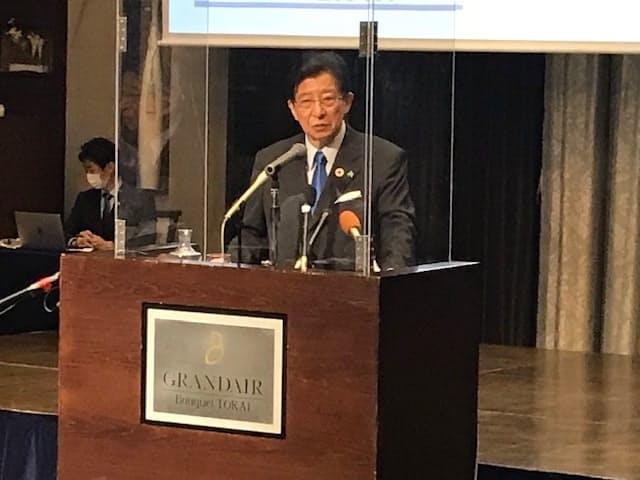 静岡知事選に向けた政策を発表する川勝平太知事(24日、静岡市)
