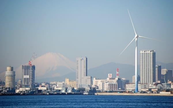 横浜市は横浜港にある風力発電で発電した電気を使って水素を製造している