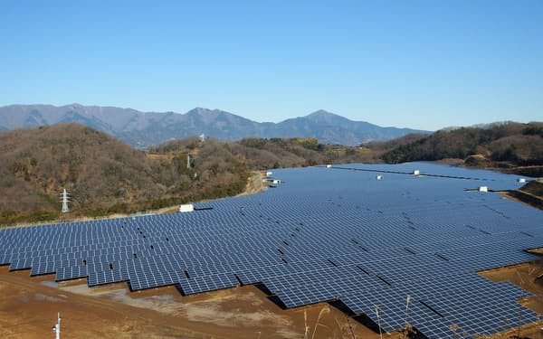 経産省は太陽光発電設備などの保守点検で、ドローンやAIなどの技術活用を後押しする