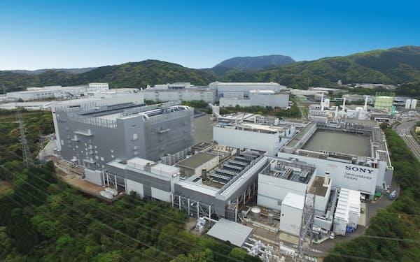 画像センサーは車載分野でも需要が拡大している(長崎県諫早市の工場)