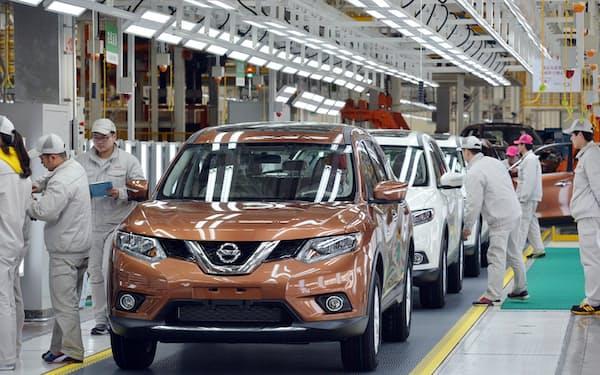 米中で自動車販売が好調だ(中国・大連にある日産の工場)