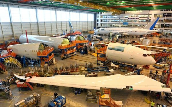 ボーイング「787」の生産ライン(サウスカロライナ州の組み立て工場)